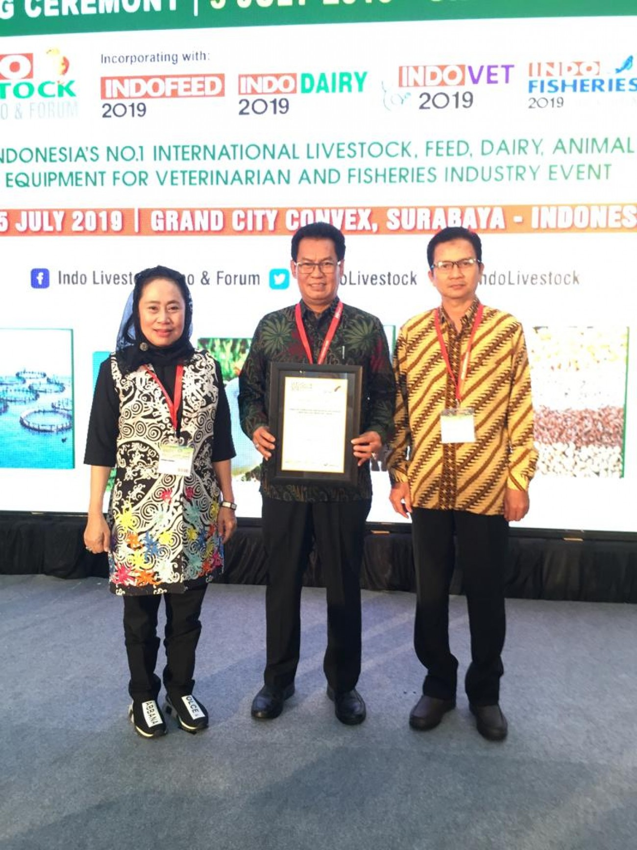 DPKH Kaltim Menerima The Indonesian Livestock Services Award 2019