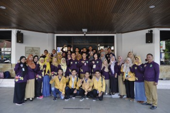 Pelepasan Tim Pengawas dan Pemeriksa Kesehatan Ternak Qurban