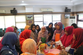 Pelatihan Pengolahan Hasil Peternakan Untuk Kelompok/UPH dan Petugas Dinas Kabupaten/Kota Se-Kalimantan Timur Tahun 2020